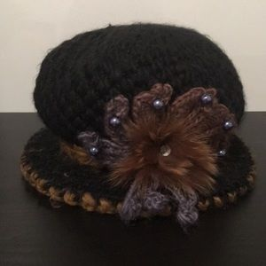 Accessories - Black winter hat